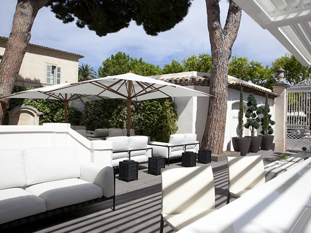 Maison Blanche Champagne Bar in St Tropez: reviews, address ...