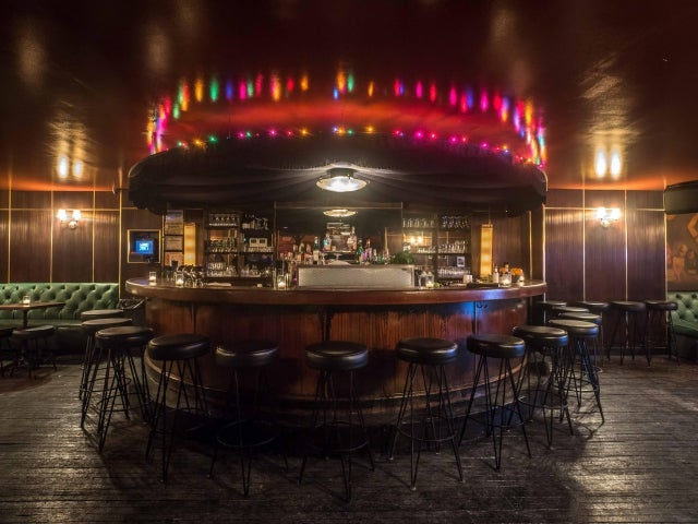 Holiday Cocktail Lounge in New York City: reviews, address ...