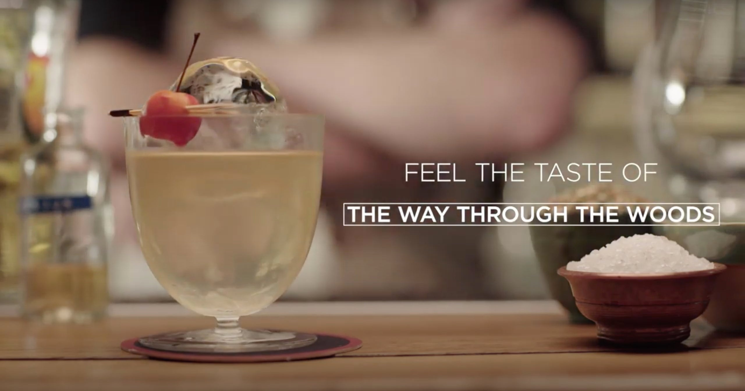 Feel the taste of « The Way Though the Woods » cocktail - ASMR Style