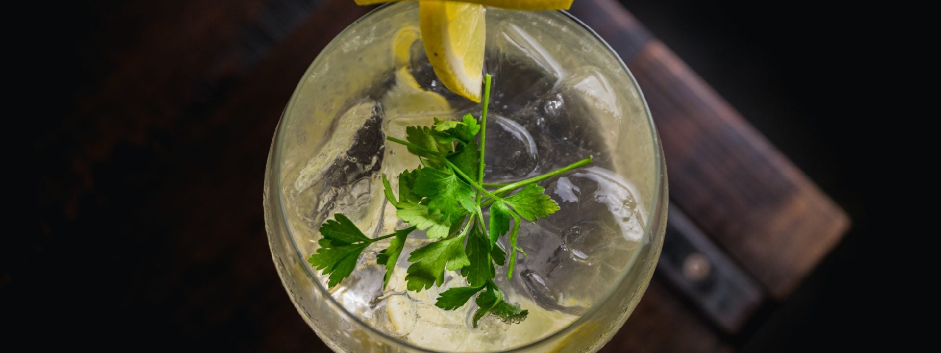 How to perfectly garnish your favourite gins